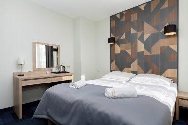 pokoj 3 osobowy10 384x256
